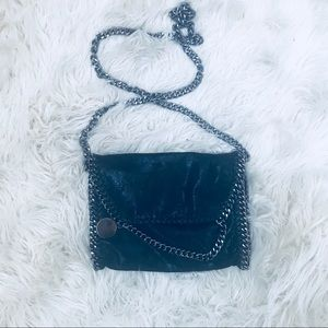 Chain cross body purse